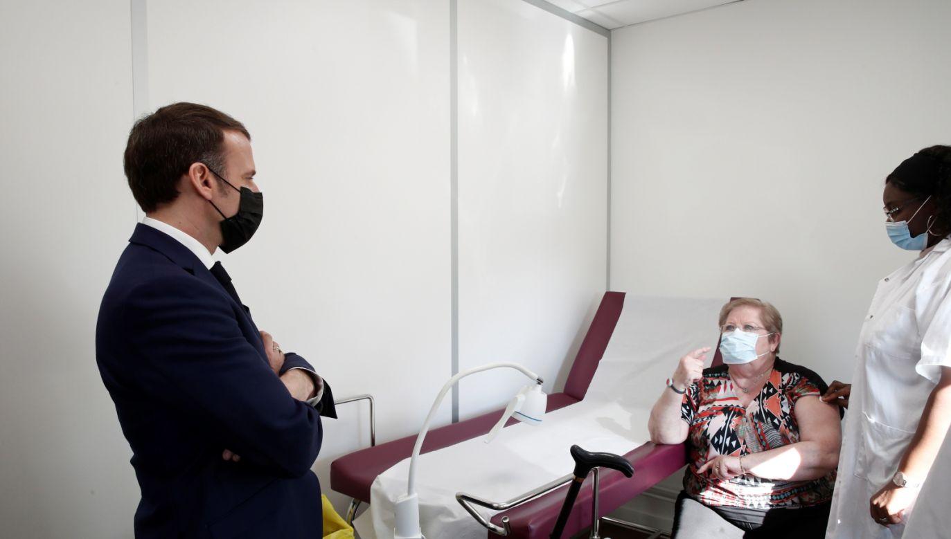 W ciągu ostatniej doby zakażenie koronawirusem potwierdzono we Francji u 25 279 osób (fot. PAP)
