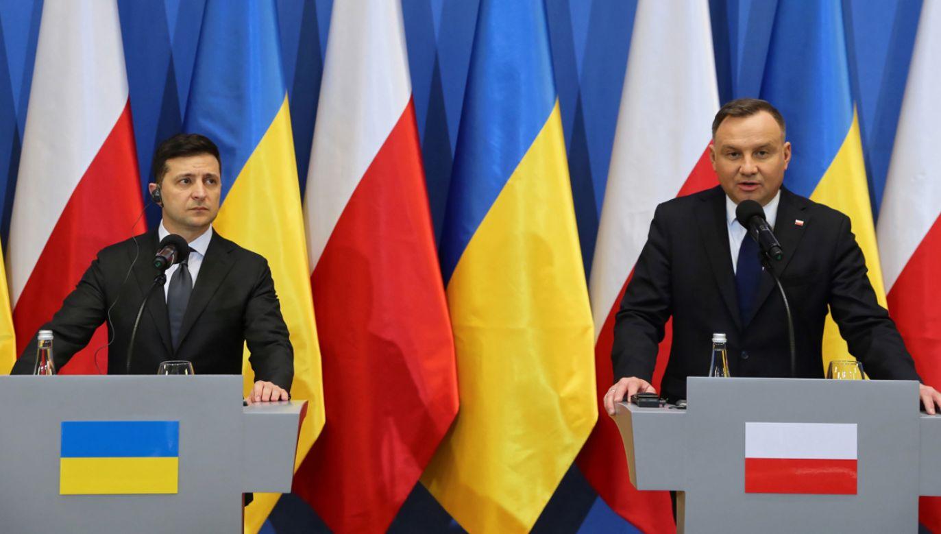 Prezydent Andrzej Duda (P) oraz prezydent Ukrainy Wołodymyr Zełenski (L) (fot. PAP/Andrzej Grygiel)