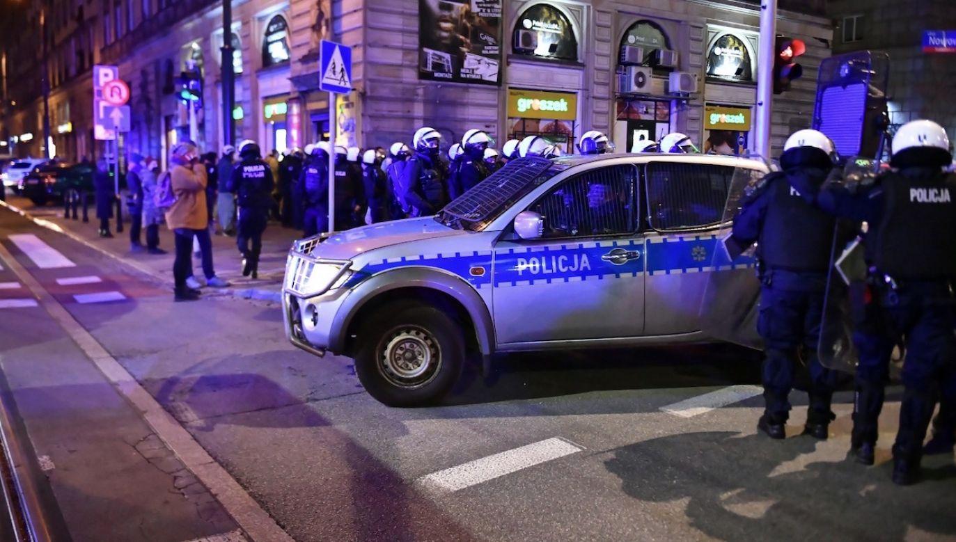 Sienkiewicz odniósł się do dzisiejszych wydarzeń (fot. PAP/Andrzej Lange)