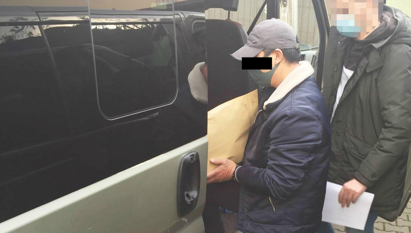 Zatrzymany Wietnamczyk (fot. policja.waw.pl)
