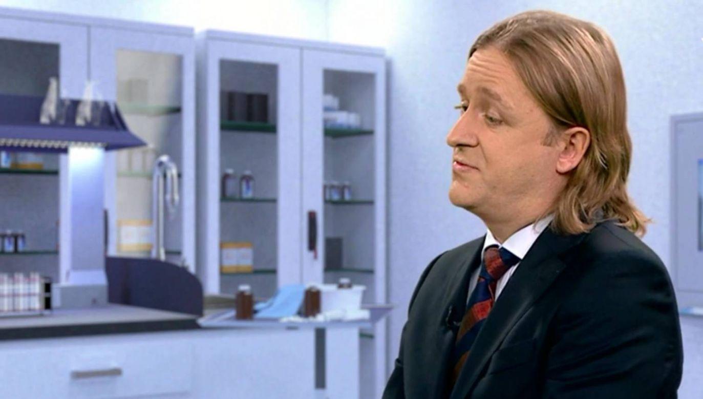 Prof. Piotr Suwalski  podkreśla, że serce i płuca działają razem (fot. TVP)