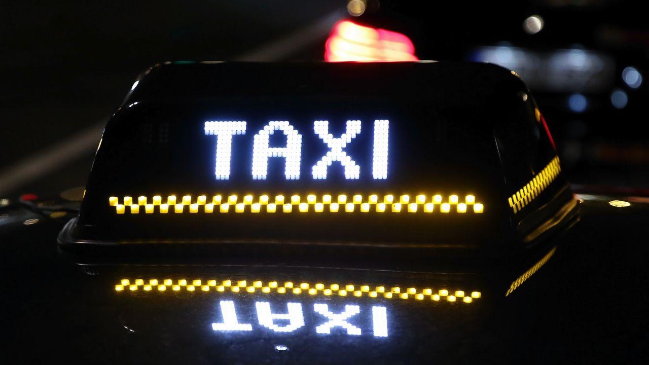 Uber jest w Brukseli nielegalny od zeszłego roku (fot. Dursun Aydemir/Anadolu Agency/Getty Images)