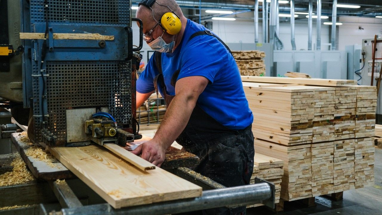 Przewidziano świadczenie na rzecz ochrony miejsc pracy ze środków Funduszu Gwarantowanych Świadczeń Pracowniczych(fot. Omar Marques/Getty Images)