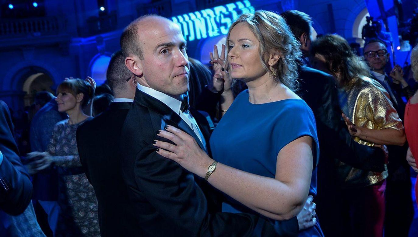 Przewodniczący KO Borys Budka nie chce tłumaczyć się z problemów swojej żony, która jest radną KO (fot. PAP/Marcin Obara)