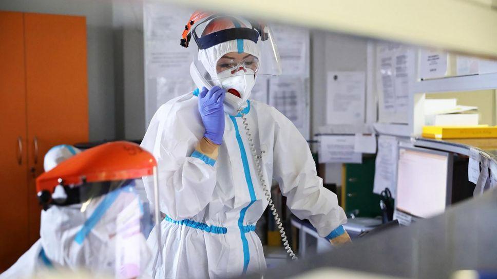 Najnowsze dane o epidemii koronawirusa (fot. PAP/Leszek Szymański)