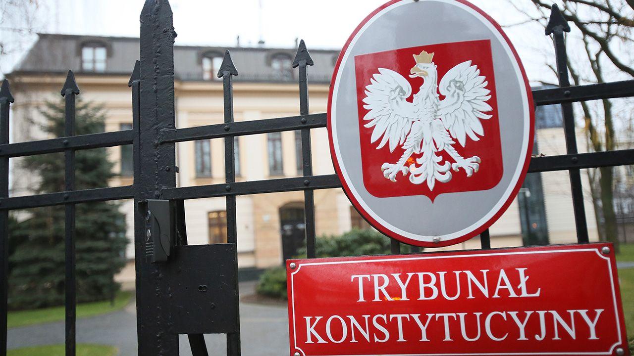 3 grudnia kończy się kadencja trzech sędziów TK wybranych w czasach rządów PO-PSL (fot. arch.PAP/Leszek Szymański )
