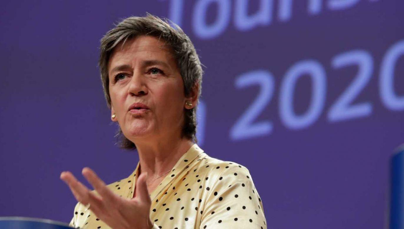 Wiceprzewodnicząca Komisji Margrethe Vestager (fot. PAP/EPA/OLIVIER HOSLET / POOL)