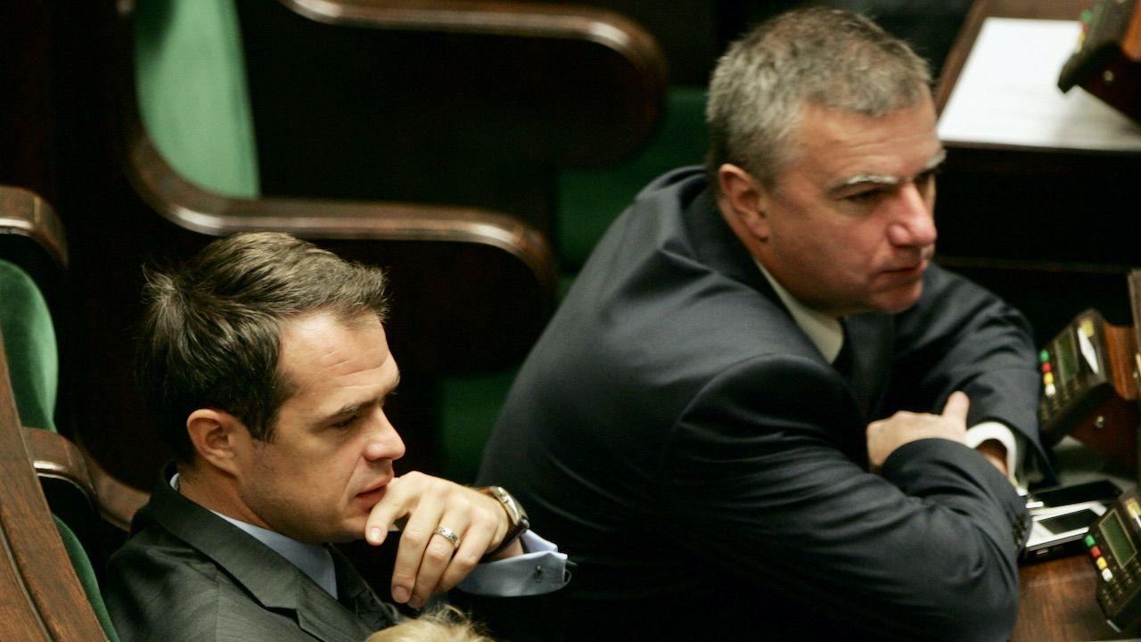 Sławomir Nowak (L) i Paweł Graś (fot. arch.PAP/B.Zborowski)