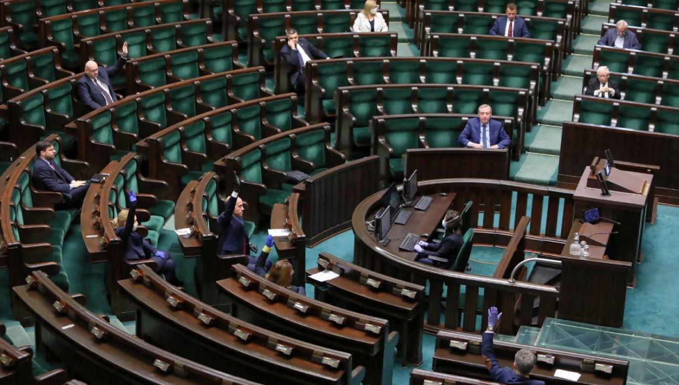 Sejm rozpoczął obrady (fot. PAP/Leszek Szymański)