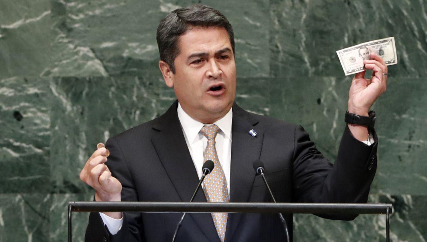 Juan Orlando Hernandez jest podejrzewany o poważne przestępstwa (fot. arch. PAP/EPA/JASON SZENES)