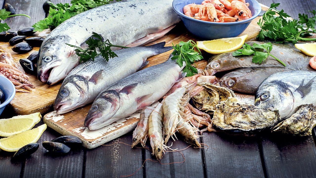 Ryby są m.in. źródłem wysoko przyswajalnego białka (fot. Shutterstock/Tatjana Baibakova)