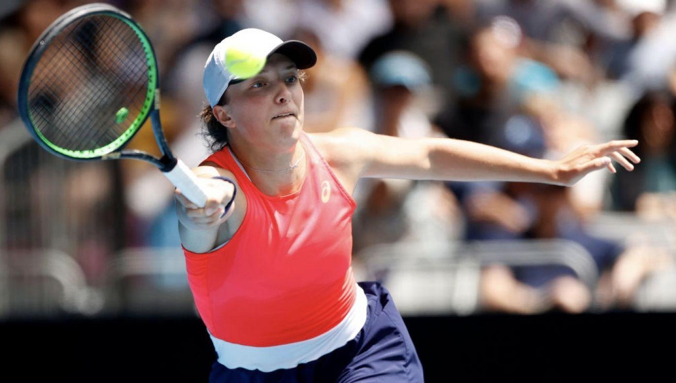 W najnowszym rankingu WTA Iga Świątek zajmuje 50. miejsce (fot. Darrian Traynor/Getty Images)