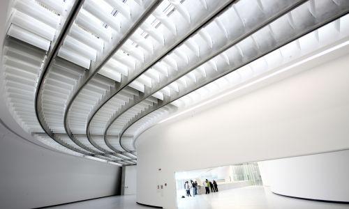 W 2010 roku Hadid otrzymała za budynek muzeum Stirling Prize. Fot. Simone Cecchetti/Corbis via Getty Images