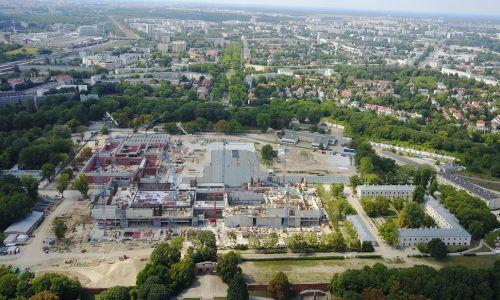 Miejsce budowy nowego gmachu muzeum na terenie Cytadeli (stan budynku na 2019 rok). Fot. Fallaner - Praca własna, CC BY-SA 4.0, https://commons.wikimedia.org/w/index.php?curid=81410795