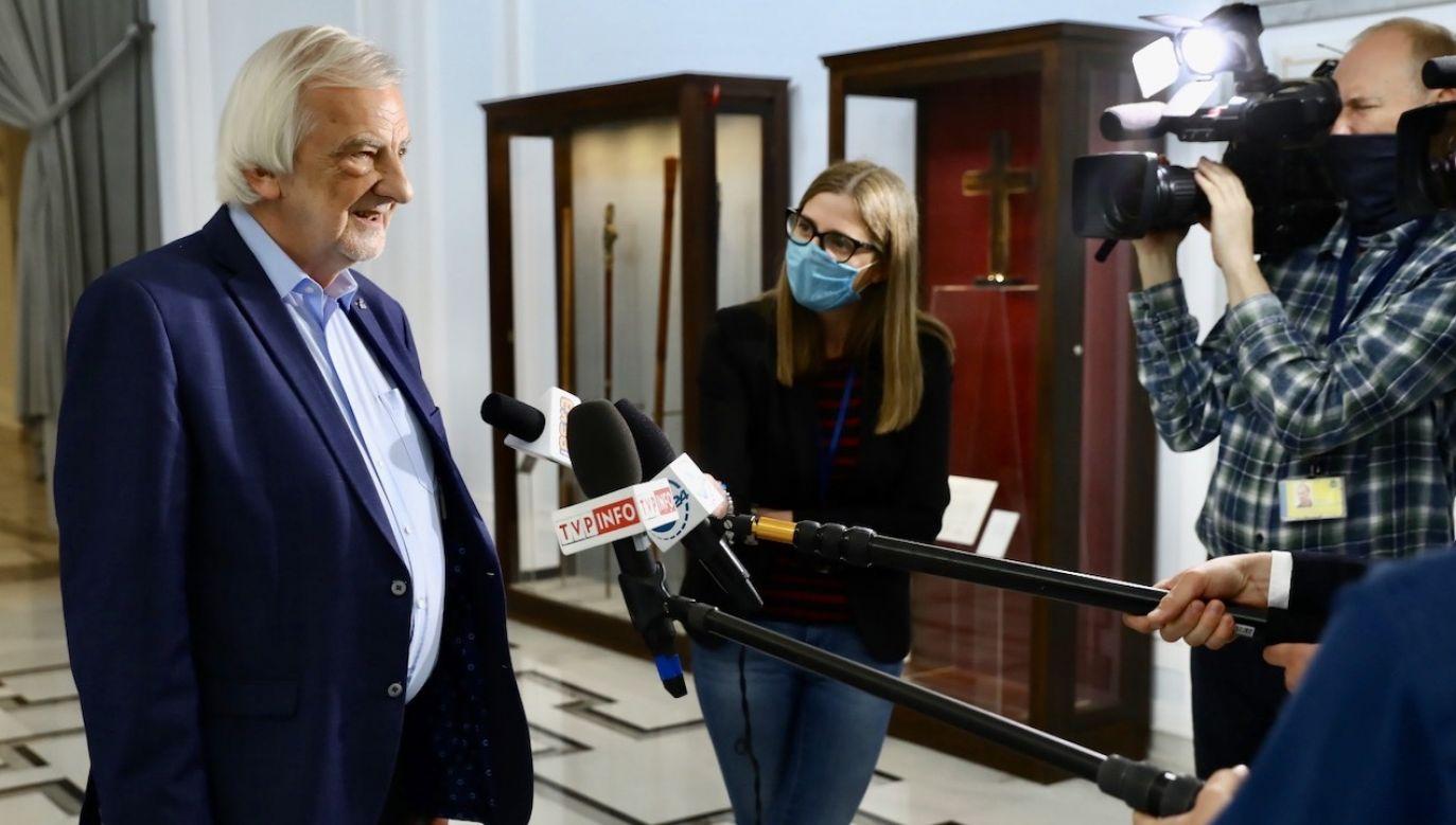 Wicemarszałek Ryszard Terlecki powiedział, że wybór prezesa Sądu Najwyższego przeciągał się, ale dzisiejsza decyzja prezydenta kończy ten proces (fot. PAP/Rafał Guz)