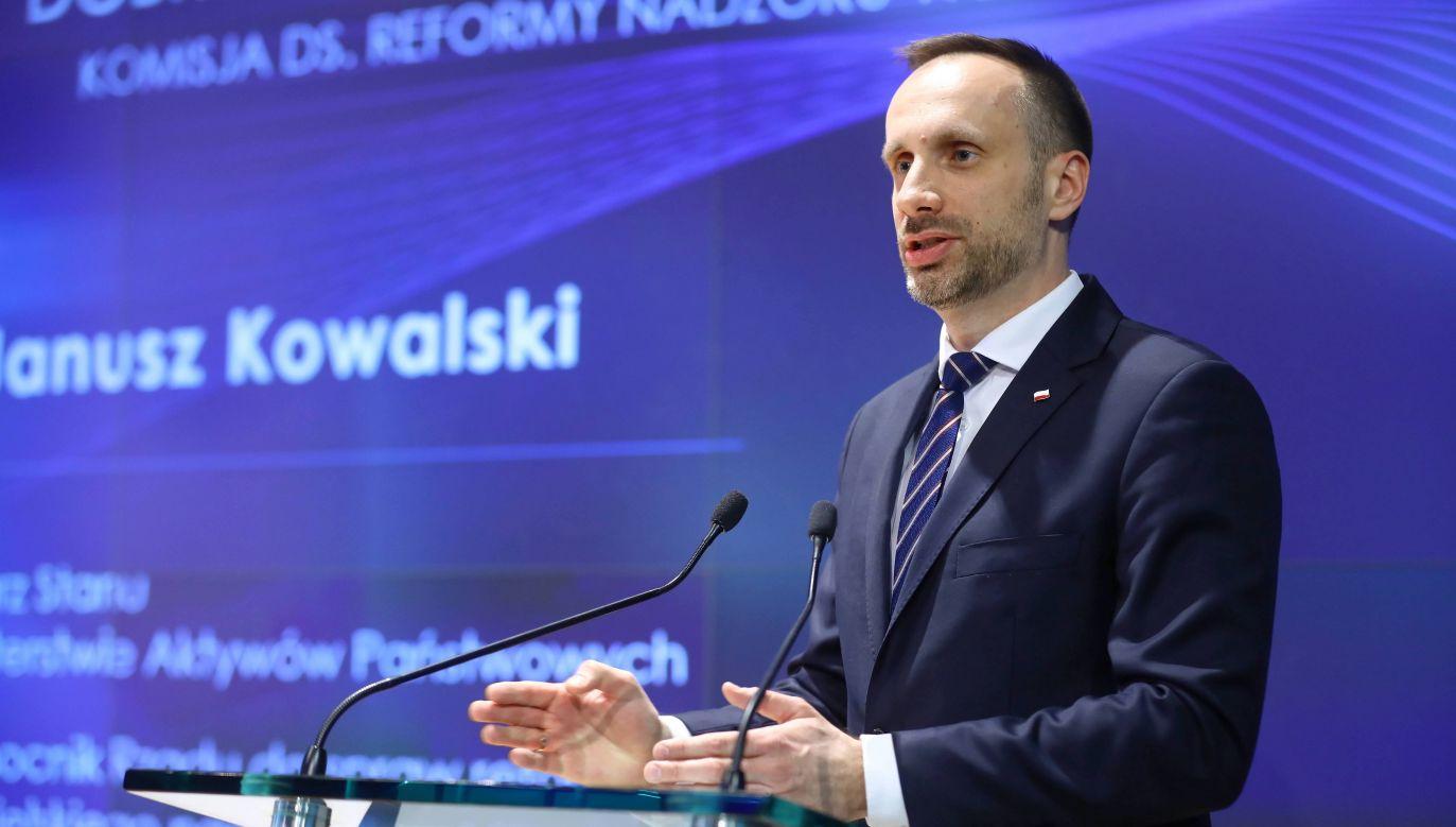 Wiceminister w resorcie aktywów państwowych Janusz Kowalski  (fot. PAP/Rafał Guz)