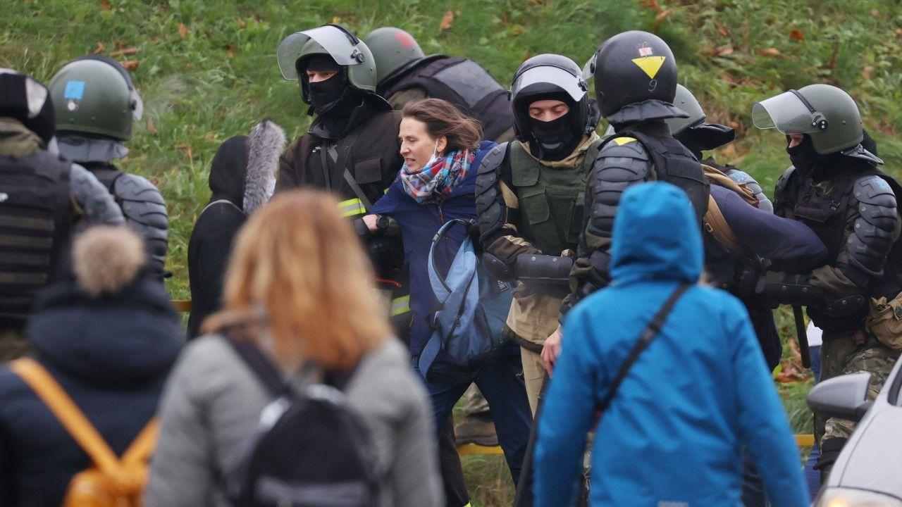 Znaczna większość osób została zatrzymana w Mińsku (fot. Stringer\TASS via Getty Images)