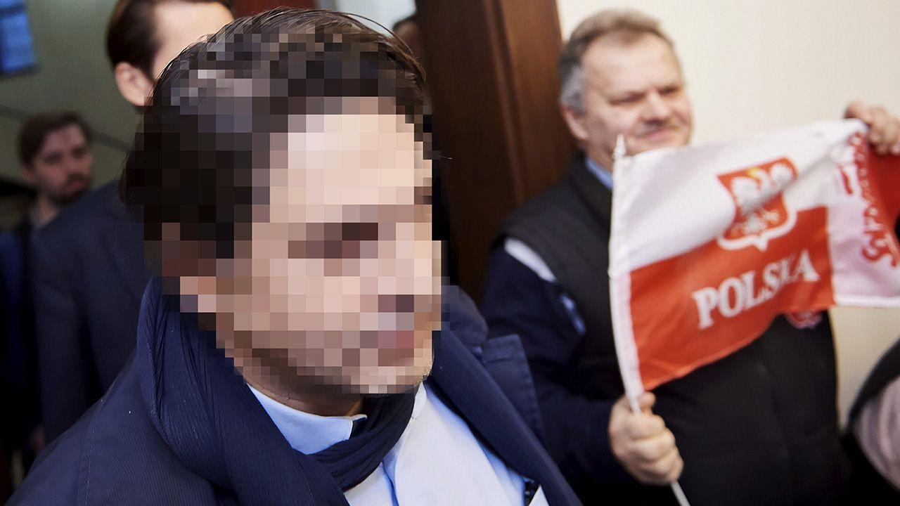 Niemiecki przedsiębiorca Hans G. (L) 04.12.2018 r. w drodze na rozprawę w Sądzie Okręgowym w Gdańsku (fot. arch.PAP/Adam Warżawa)