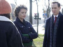 W kancelarii pojawiła się Helenka, która zjawiła się tam na prośbę Sylwii. Miała pomóc rozstrzygnąć wątpliwość prawną związaną z nastolatkami (fot. TVP)