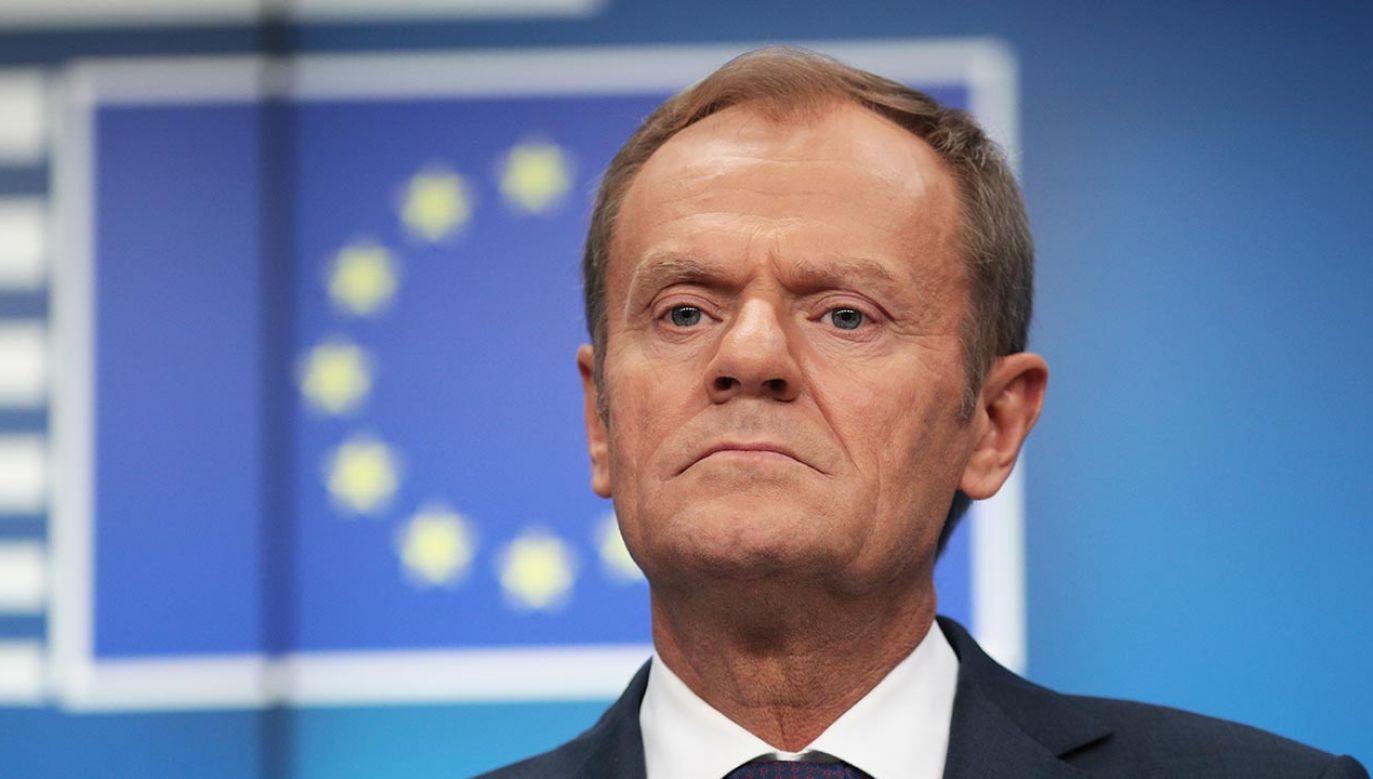Według gazety, Budka miałby zrezygnować z funkcji szefa PO, a partię do konwencji krajowej poprowadzić Tusk (fot.  Dan Kitwood/Getty Images)