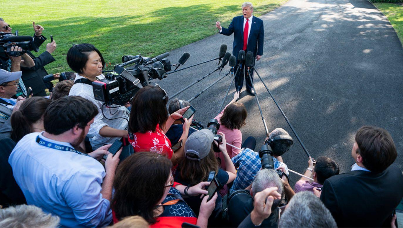 Prezydent Donald Trump odmawia ujawnienia zeznań majątkowych (fot. PAP/EPA/JIM LO SCALZO)