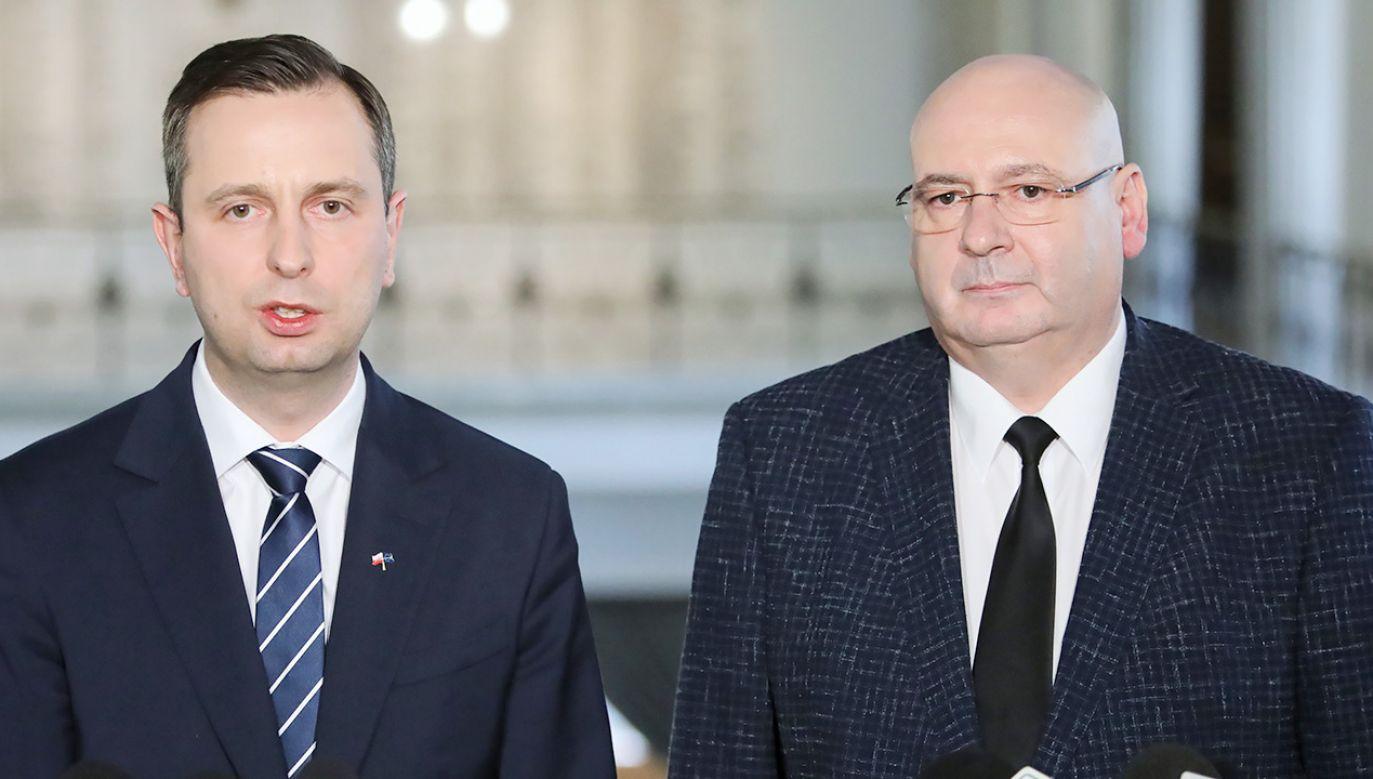 Szef PSL Władysław Kosiniak-Kamysz i wicemarszałek Sejmu Piotr Zgorzelski (fot. PAP/Leszek Szymański)