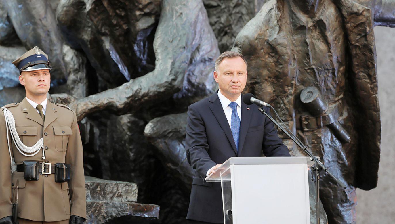 Andrzej Duda podczas sobotnich uroczystości na Placu Krasińskich (fot. PAP/Wojciech Olkuśnik)