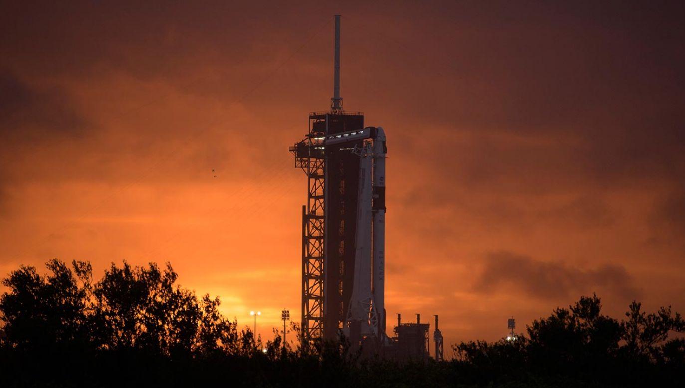 Po raz pierwszy w kosmos wzniesie astronautów pojazd wyprodukowany przez prywatną firmę (fot. PAP/EPA/NASA/Bill Ingalls