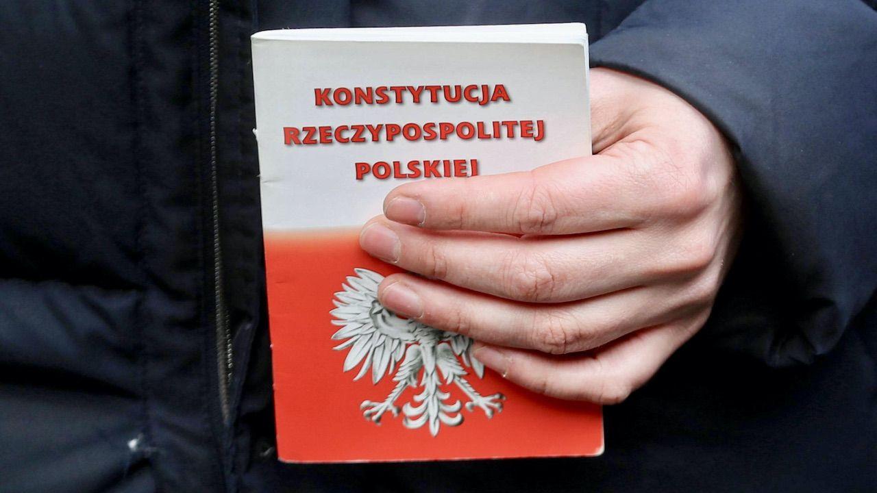 Konstytucja jest najwyższym aktem w polskim systemie prawnym (fot. arch.PAP/Grzegorz Momot)