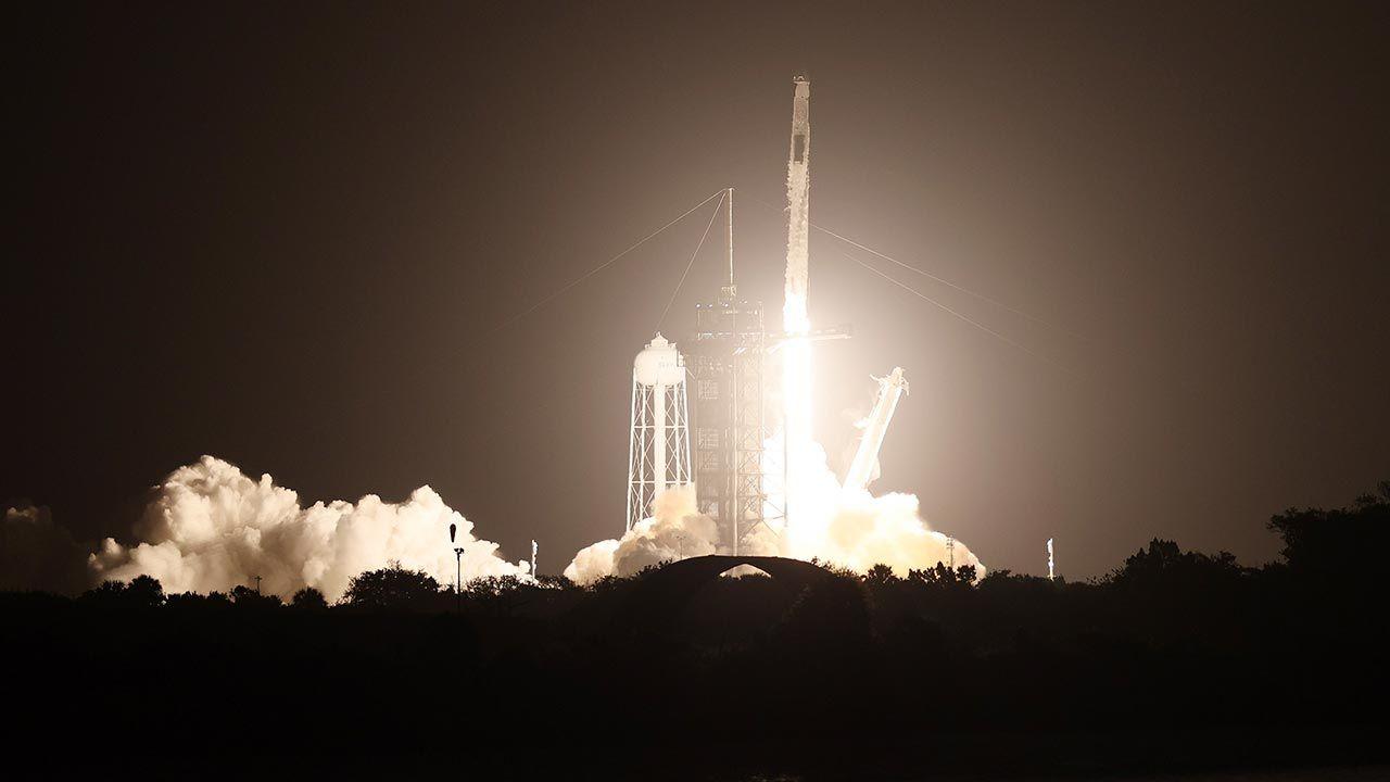 Podróż do orbitującej 400 km nad Ziemią ISS będzie trwać niemal 24 godziny (fot. Joe Raedle/Getty Images)