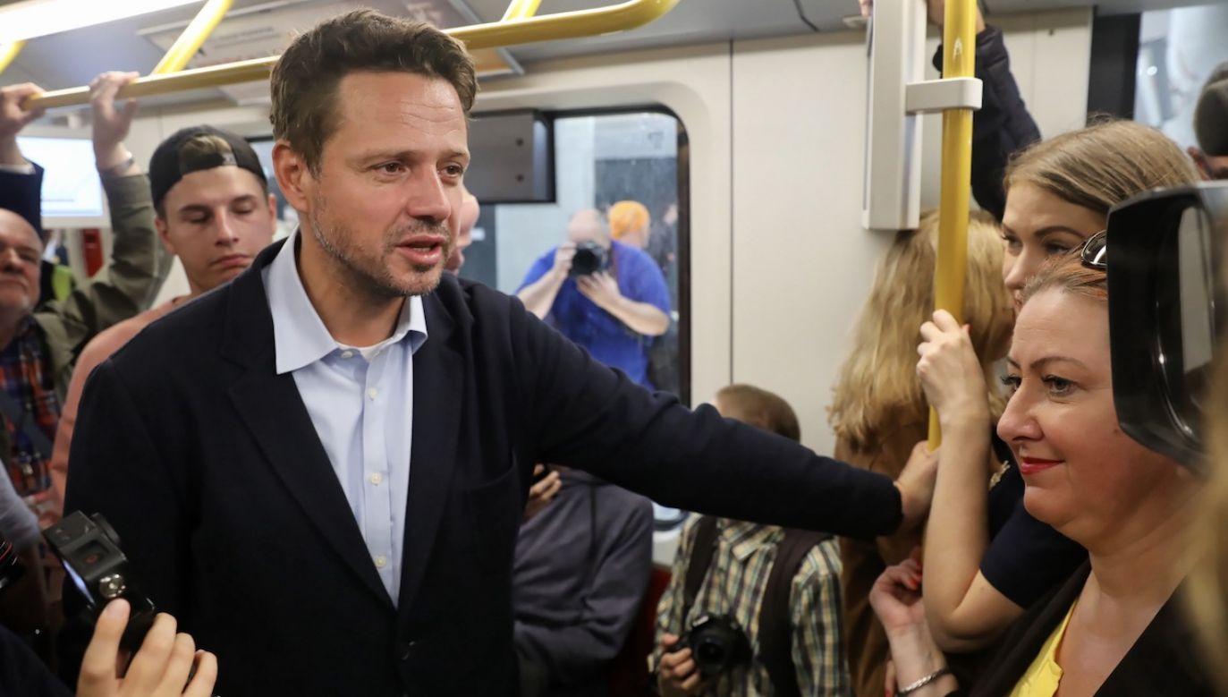 Rafał Trzaskowski niedawno deklarował się jako zdecydowany przeciwnik podwyżek czy nowych podatków (fot. arch.PAP/Tomasz Gzell)