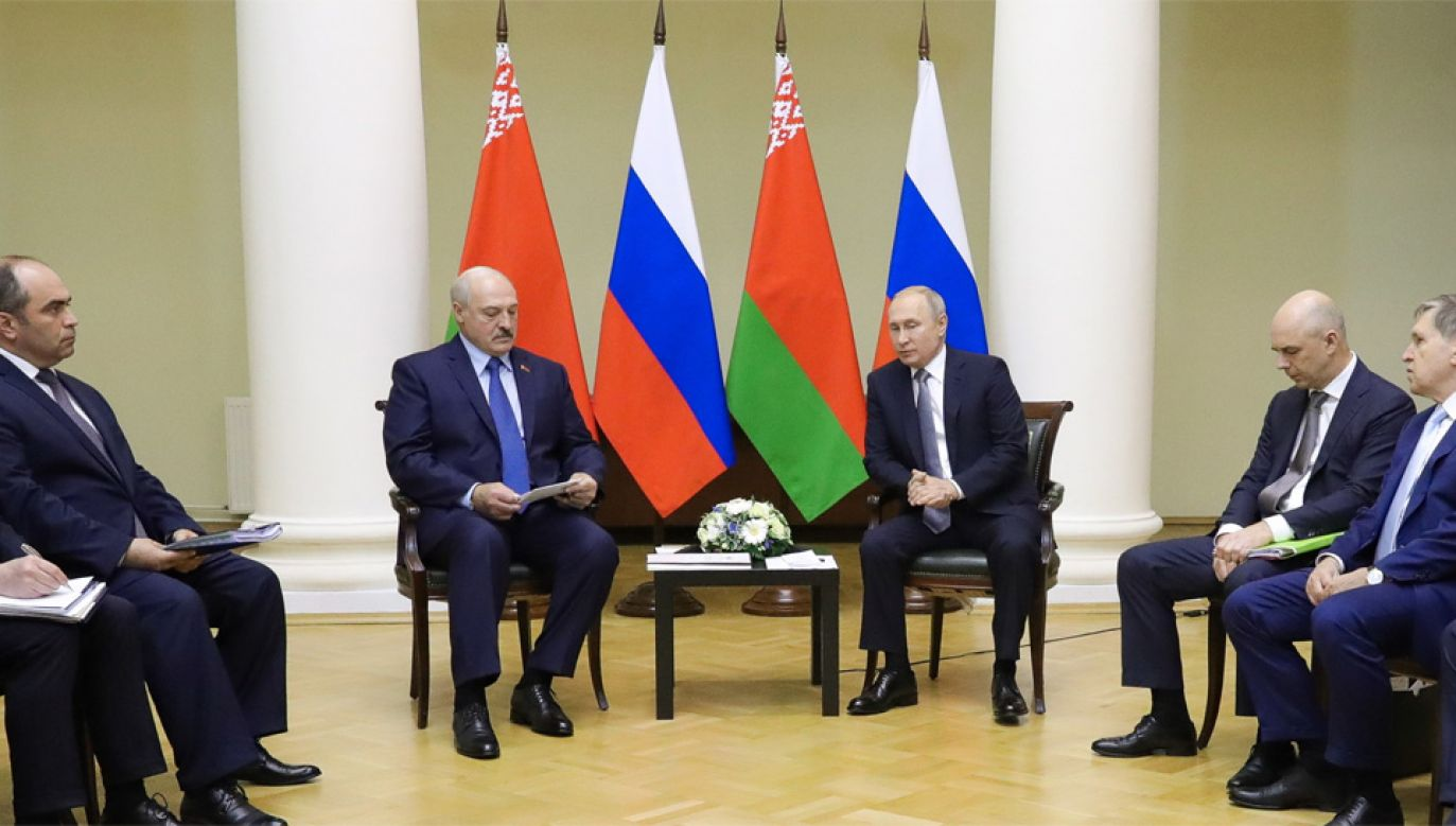 Alaksandr Łukaszenka i Władimir Putin rozmawiali o integracji Białorusi i Rosji (fot. PAP/EPA/MICHAEL KLIMENTYEV / SPUTNIK / KREMLIN / POOL)