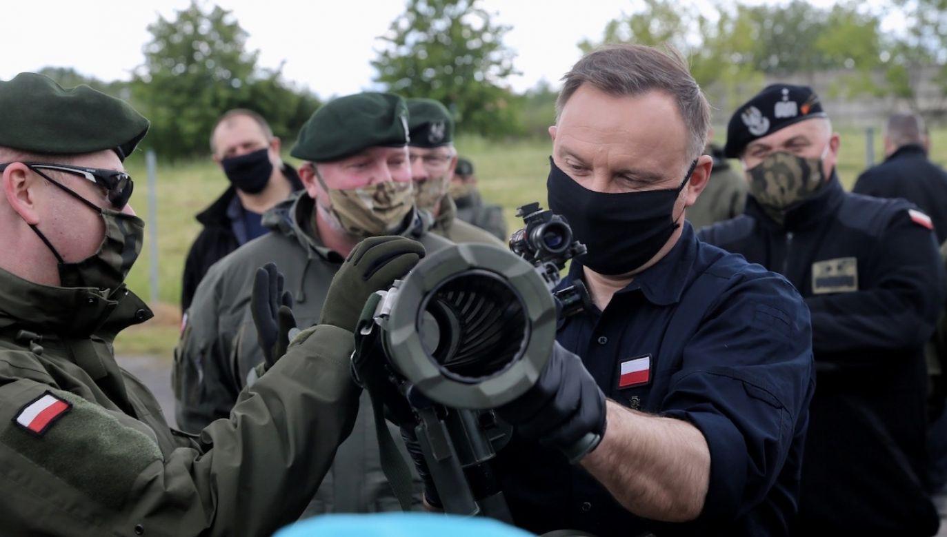 Wizyta związana jest ze Świętem Wojsk Specjalnych (fot. PAP/Andrzej Grygiel)