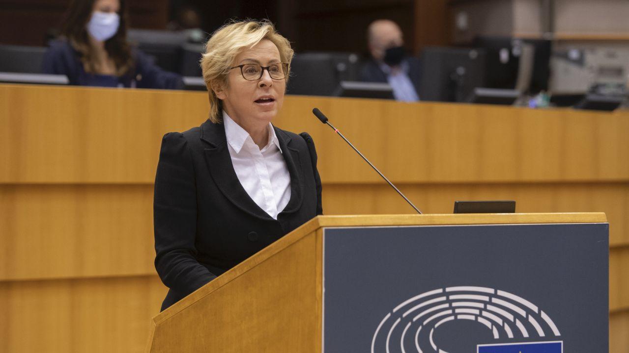 Jadwiga Wiśniewska w PE (fot. European Union 2021 - Source : EP, Riccardo PAREGGIANI)