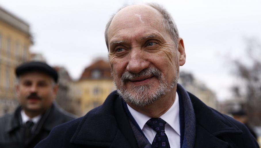 Bartłomiej Misiewicz jest bliskim współpracownikiem Antoniego Macierewicza (fot. REUTERS/Kacper Pempel)