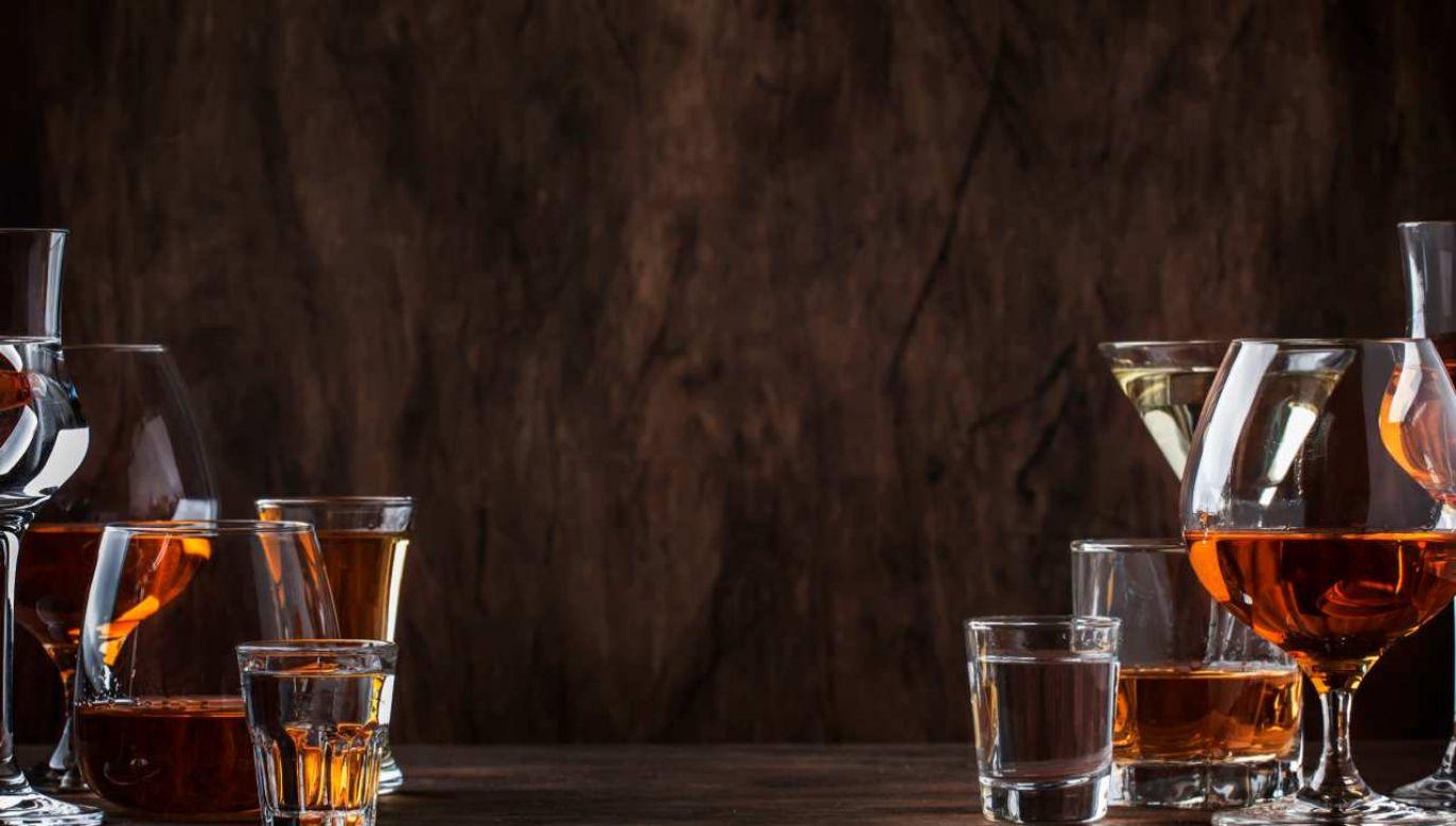 Dyplomaci zostali uznani za winnych prowadzenia nielegalnego handlu alkoholem (fot. Shutterstock/5ph)
