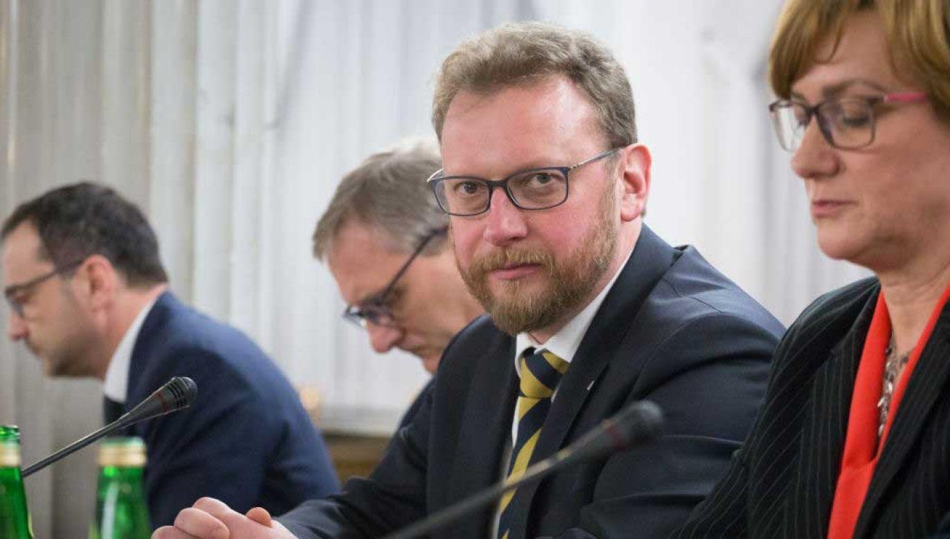 Przeanalizowaliśmy dynamikę wzrostów zakażeń we wszystkich powiatach – mówi minister zdrowia Łukasz Szumowski (fot.  Mateusz Wlodarczyk/NurPhoto via Getty Images)