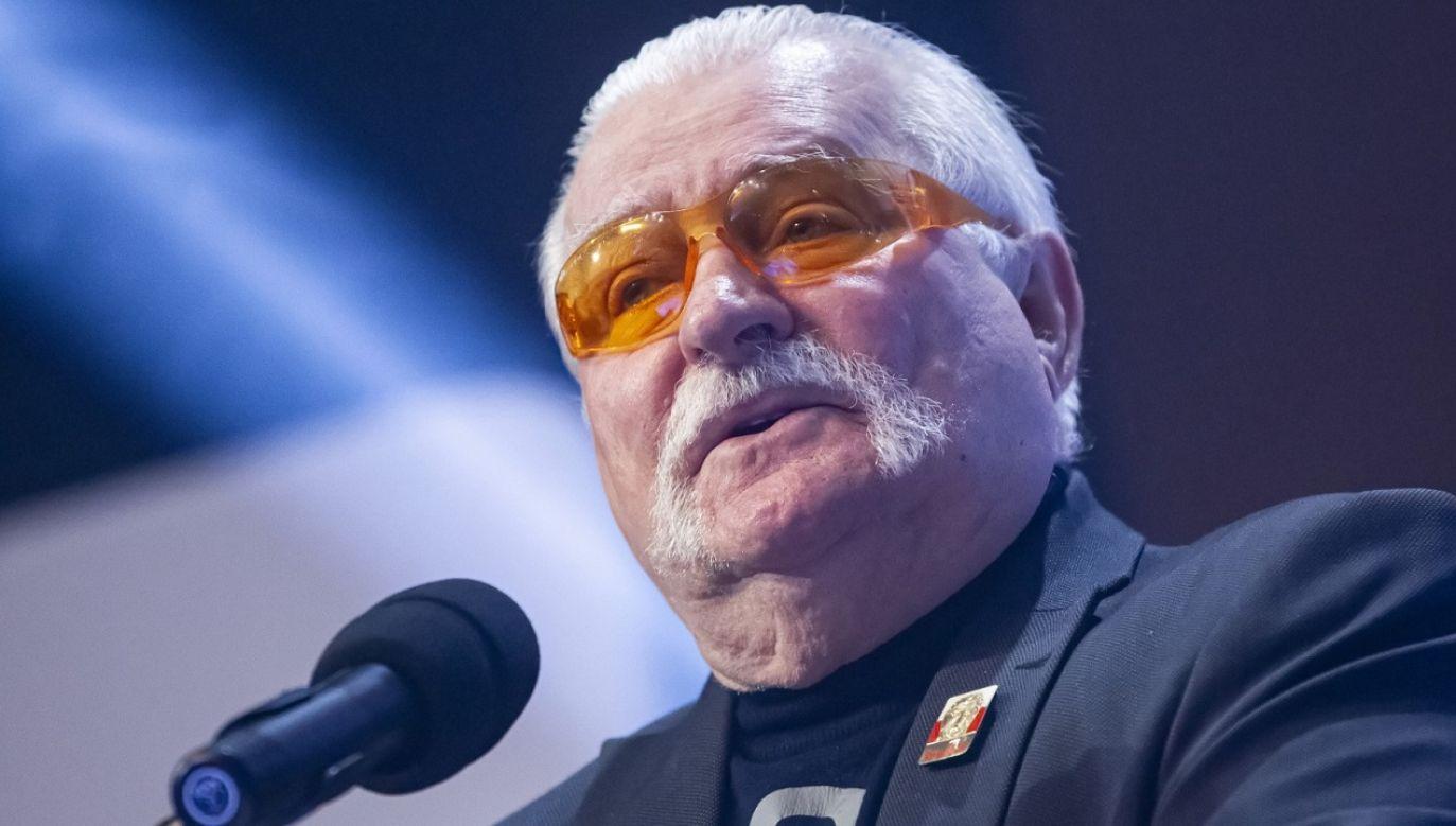 Lech Wałęsa radzi Tuskowi (fot. PAP/P.Wittman)