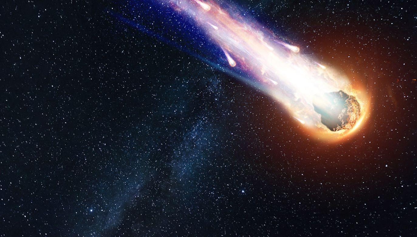 Ryzyko wejścia asteroidy w atmosferę nie jest duże (fot. Shutterstock/Marko Aliaksandr)