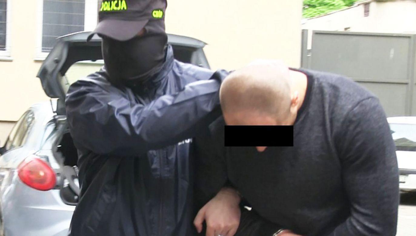 """Szajka zwana """"szybcy i wściekli"""" ukradła pieniądze, kosztowności i towary luksusowe warte blisko 7 mln zł.(fot. CBŚP)"""