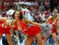 W czasie meczu Polska - Brazylia piękna była nie tylko gra biało-czerwonych (fot. Cezary Korycki SPORT.TVP.PL)