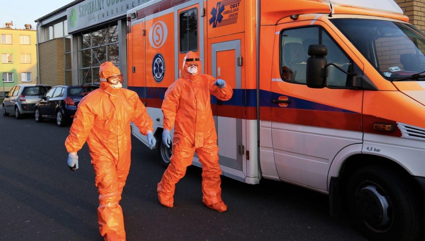 W całym kraju w ciągu doby potwierdzono 435 nowe zakażenia koronawirusem, z czego na Mazowszu – 182 (fot. PAP/Tomasz Wojtasik)