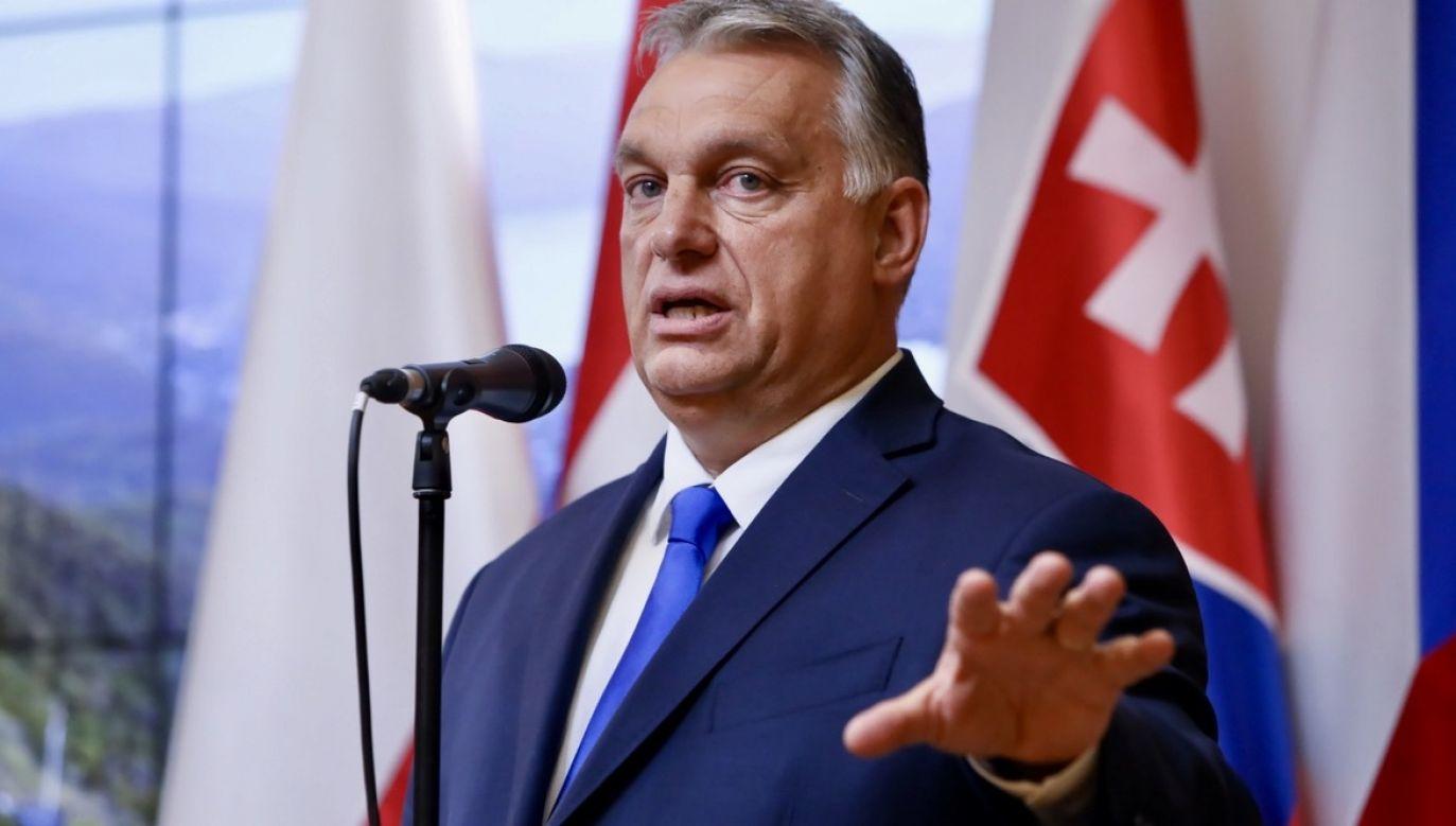 Viktor Orban oświadczył w czwartek, że stanowisko Węgier pozostaje niezmienione i zakłada powstrzymanie napływu nielegalnych migrantów (fot. PAP/Leszek Szymański)