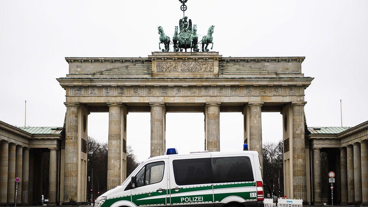 """Gazeta """"Die Welt"""" opisuje szczegółowo przypadek 96-letniej Irmgard Furchner (fot. PAP/EPA/CLEMENS BILAN)"""