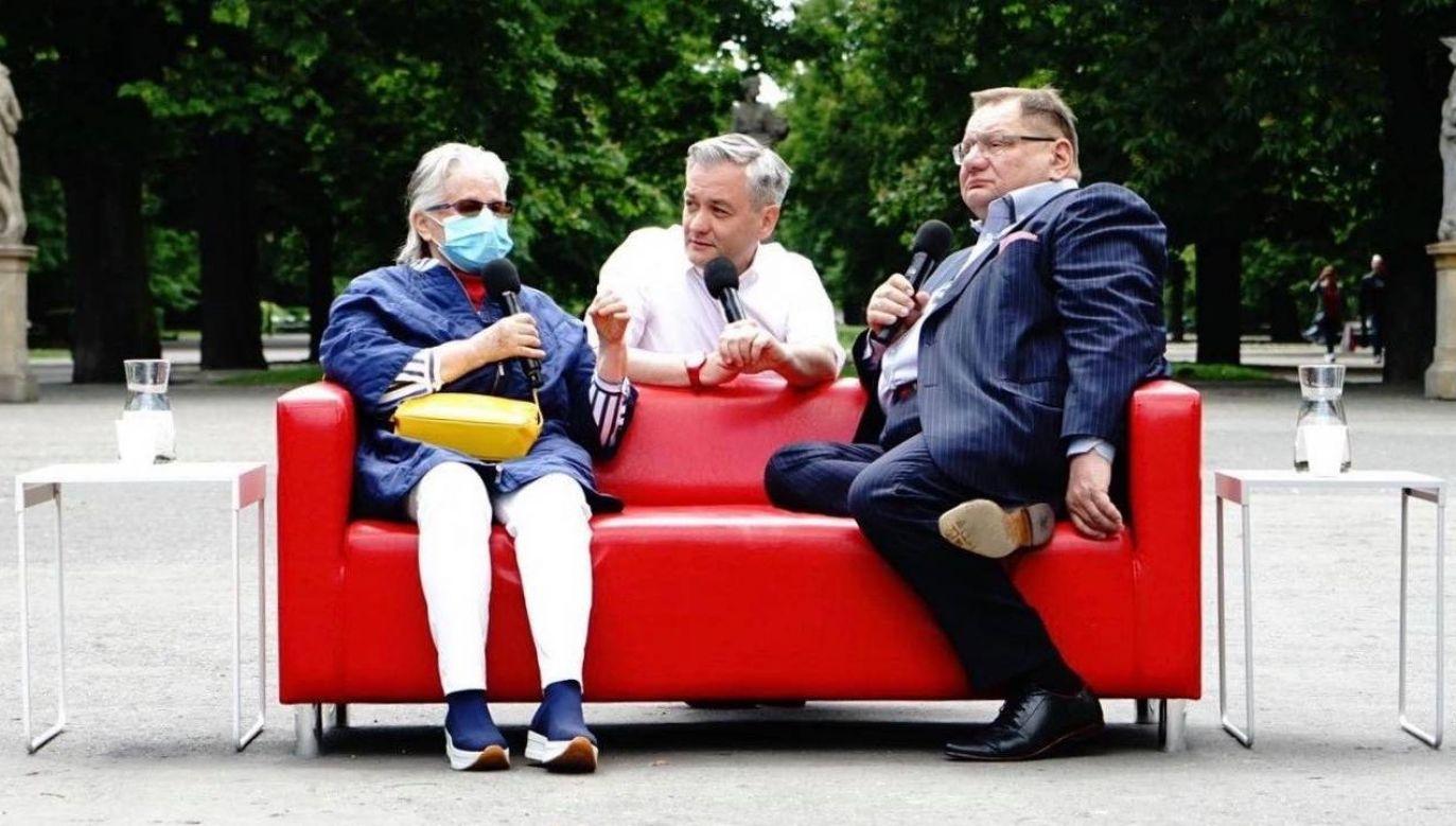 Biedroń kontynuuje kampanię wyborczą (fot.TT/Robert Biedroń)