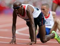 Mohamed Farah awansował do finału biegu na 5000 metrów (fot. Getty Images)