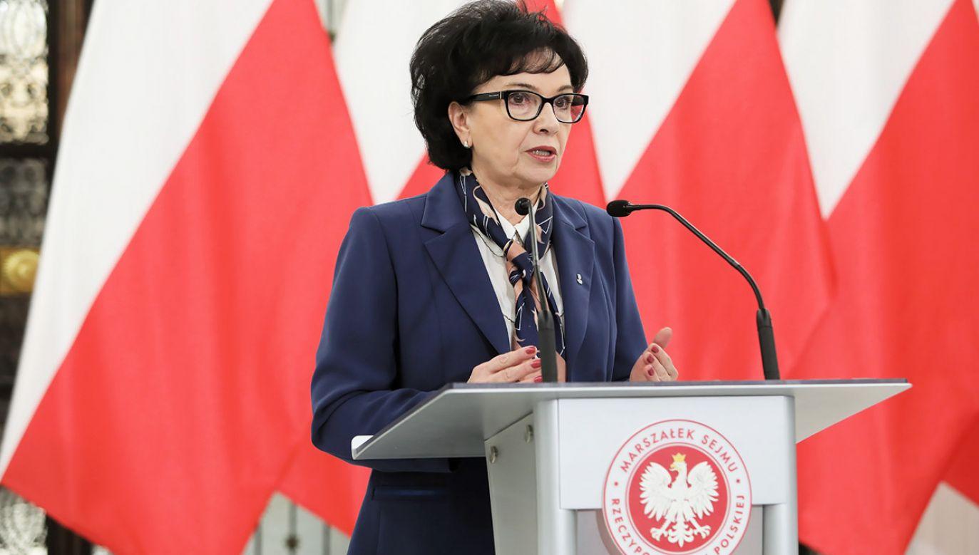 Marszałek Sejmu Elżbieta Witek po spotkaniu z prezesem NIK Marianem Banasiem (fot. PAP/Leszek Szymański)