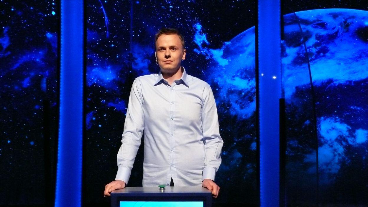 Pan Jakub Królikowski zdobył zwycięstwo w 15 odcinku 122 edycji