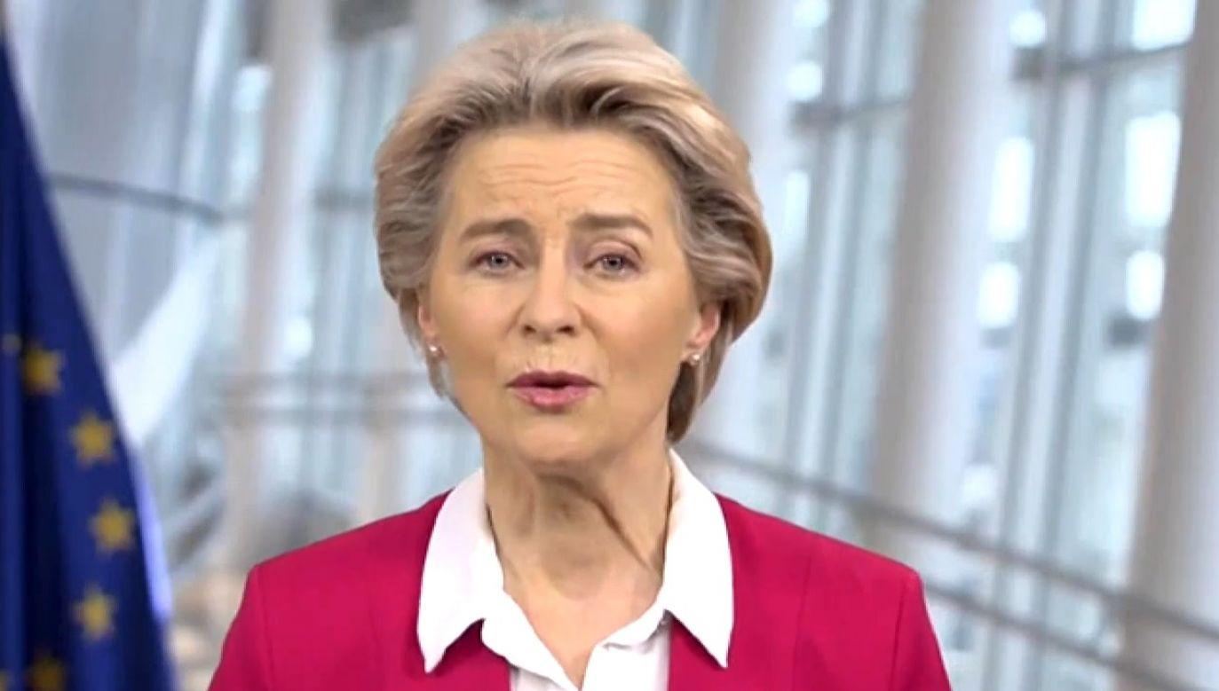 """""""Nie zwalniajcie pracowników, my zadbamy o środki"""" – mówiła Ursula von der Leyen (fot. TVP Info)"""