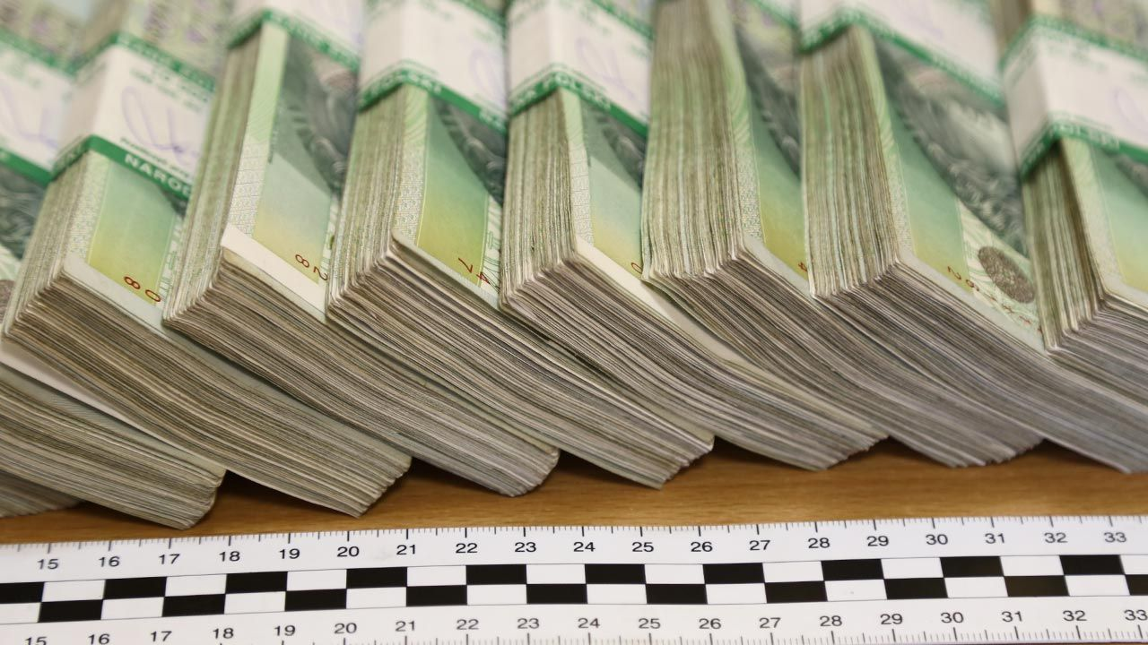 Na fikcyjnym handlu produktami spożywczymi oszuści zarobili fortunę (fot. Shutterstock/DarSzach)